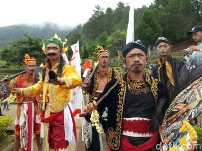 Festival Candi Gedong Songo Telah Dimulai, Yuk ke Semarang!