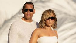 5 Kisah Cinta Jennifer Lopez-Alex Rodriguez, Diduga Putus karena Orang ke-3