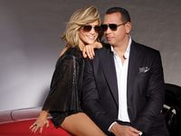 Lihat Mesranya J.Lo dan A-Rod Jadi Bintang Iklan Bareng Setelah Tunangan