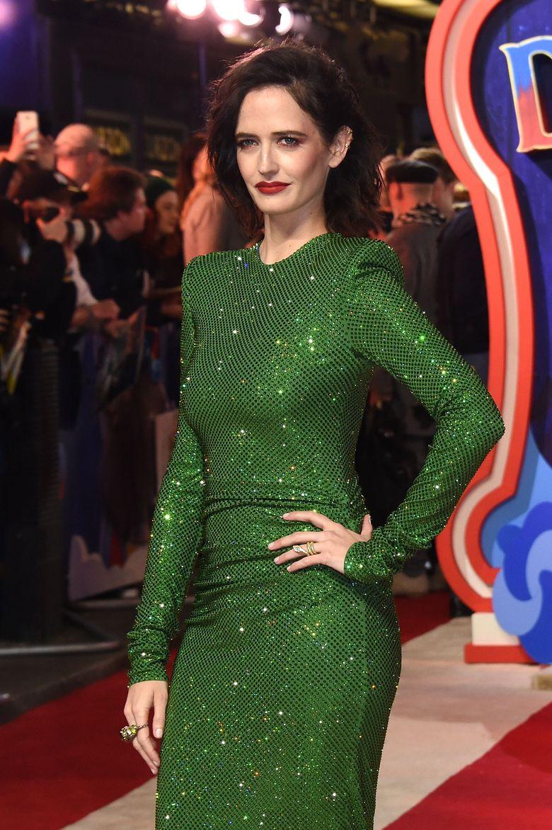 Eva Green saat menghadiri gala premiere film Dumbo di London, Inggris pada Kamis (21/3).Stuart C. Wilson/Getty Images