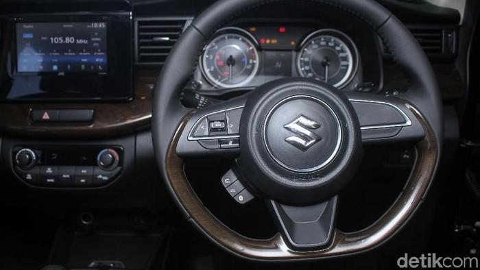 Suzuki hari ini memberikan pilihan baru untuk penggila Ertiga di Indonesia dengan meluncurkan Ertiga Sporty.
