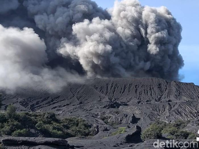Erupsi Gunung Bromo/Foto: M Rofiq (file;detikcom)