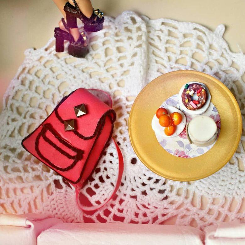 Begini Nih Jadinya Kalau Barbie Masak Dan Pose Makan Cantik Foto 5