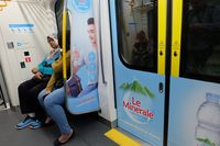 Pengguna MRT Jakarta Diajak Hidup Sehat dengan Cara Unik