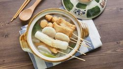Tteokbokki hingga Odeng, 5 Jajanan Kaki Lima Paling Favorit di Dunia