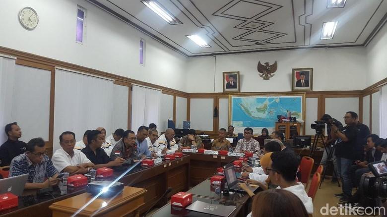 KPU Gelar Rapat Persiapan Dua Debat Capres Terakhir Bareng TKN-BPN