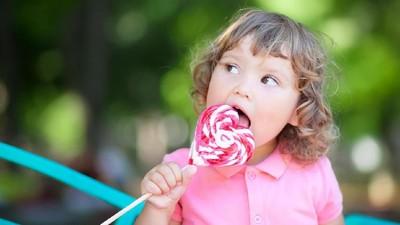 4 Pengaruh Konsumsi Gula bagi Otak Anak