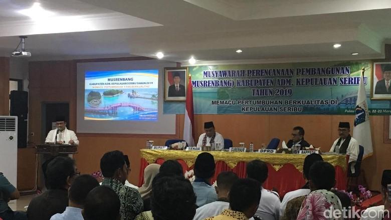 Bupati Kepulauan Seribu Lapor ke Anies soal Masalah Air Bersih-Perhubungan