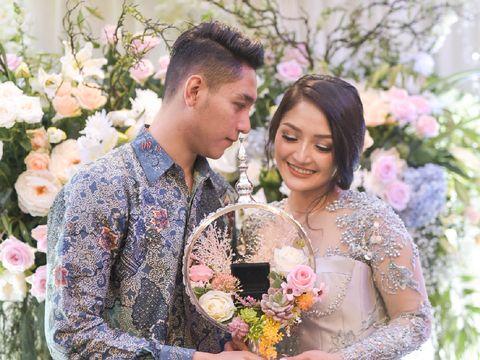 Selamat! Siti Badriah Resmi Dilamar Kekasih