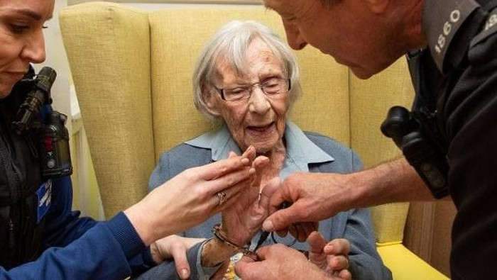 Anne Brokenbrow ditangkap polisi di usia 104 tahun. Foto: Dok. news.com.au