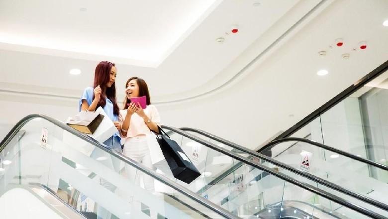 Ilustrasi eskalator di China (iStock)