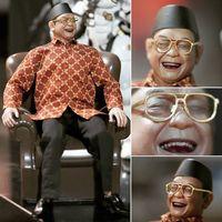 Berkat Jokowi-Prabowo, Pedagang Ini Kantongi Miliaran Setahun