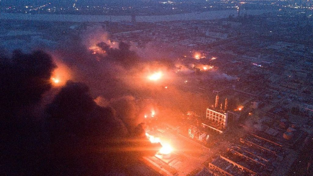 6 Orang Tewas Akibat Ledakan Pabrik Kimia di China