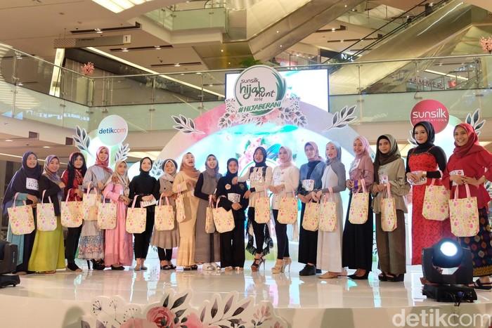 Top 20 peserta audisi Sunsilk Hijab Hunt 2019 di Surabaya. Foto: Anggi/Detikcom