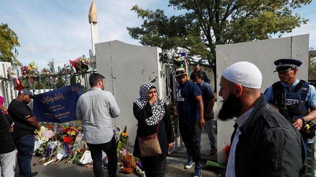 Masjid Al Noor kembali dibuka untuk umum