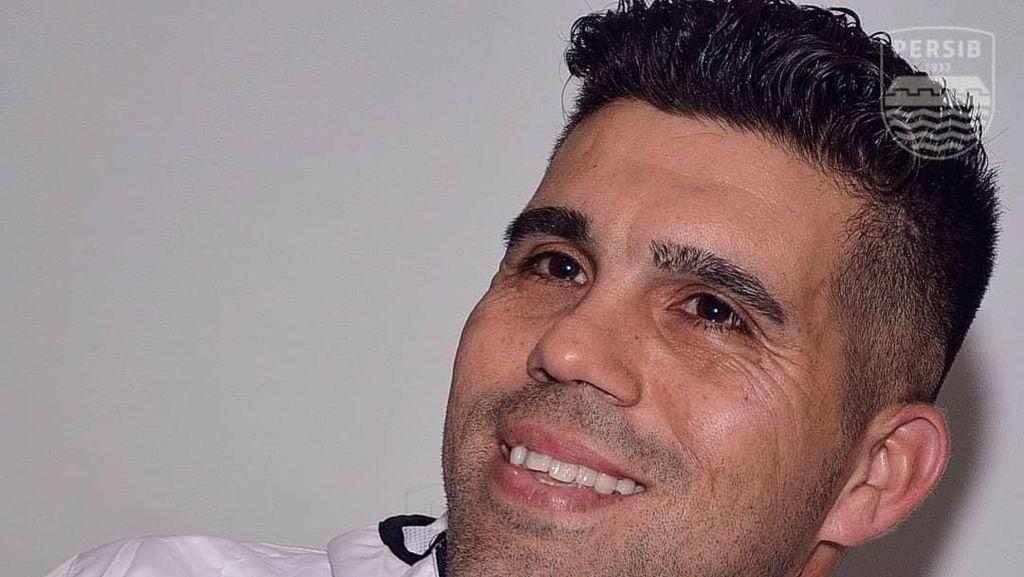 Proses Naturalisasi Tersendat, Fabiano Gagal Perkuat Persib di Liga 1