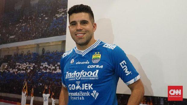 Fabiano Beltrame akan menggunakan nomor 15 di Persib.