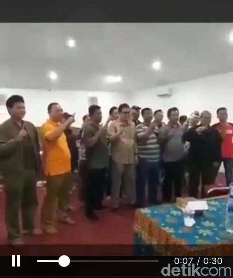Pengakuan Kades di Sukabumi yang Deklarasi Dukung Jokowi