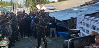 Panglima TNI dan Kapolri di Sentani