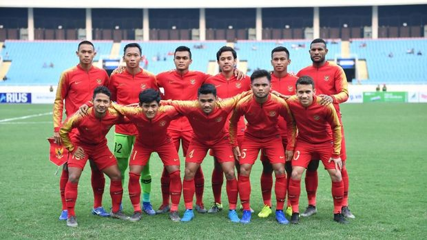 Timnas Indonesia U-23 tampaknya menggunakan strategi 3-4-3. (