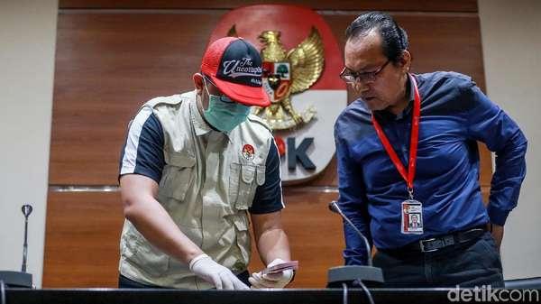 Kronologi OTT Direktur Krakatau Steel