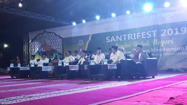 Raffi Ahmad menghadiri Santri Fest 2019 di Banten.