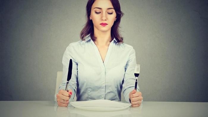 Emosi karena lapar bisa menimbulkan berbagai perasaan negatif termasuk marah. (Foto: Istock)