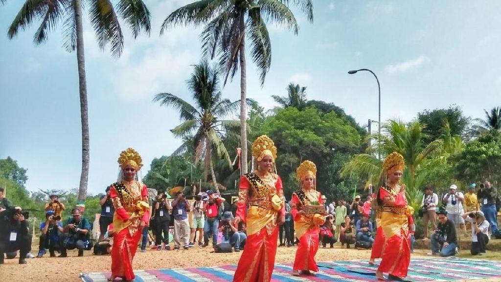 109 Peserta Photo Fiesta 2019 Antusias Ambil Foto di Kampung Terih