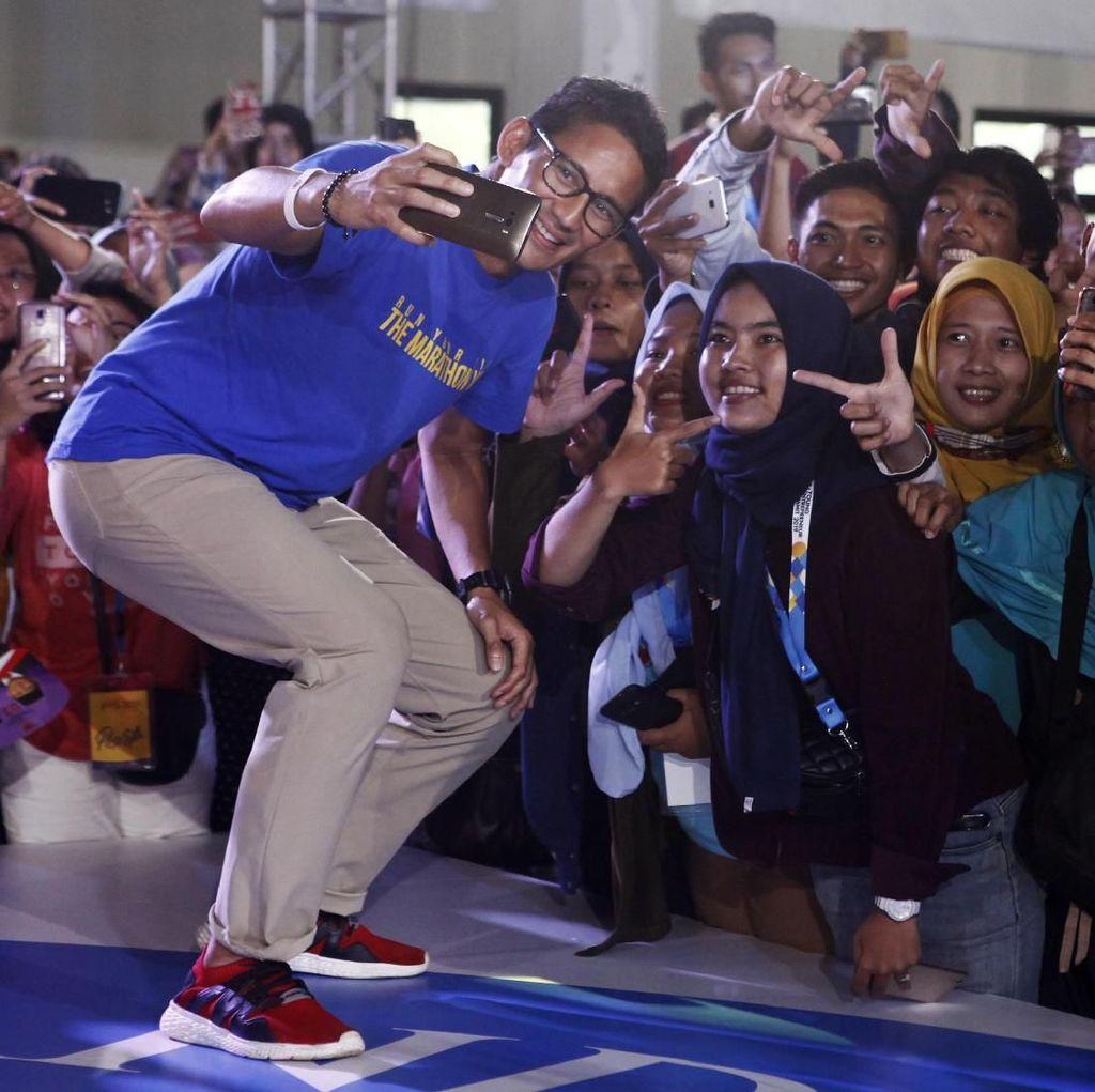 Sandiaga Cerita ke Milenial Kisah di Balik Lahirnya OKE OCE