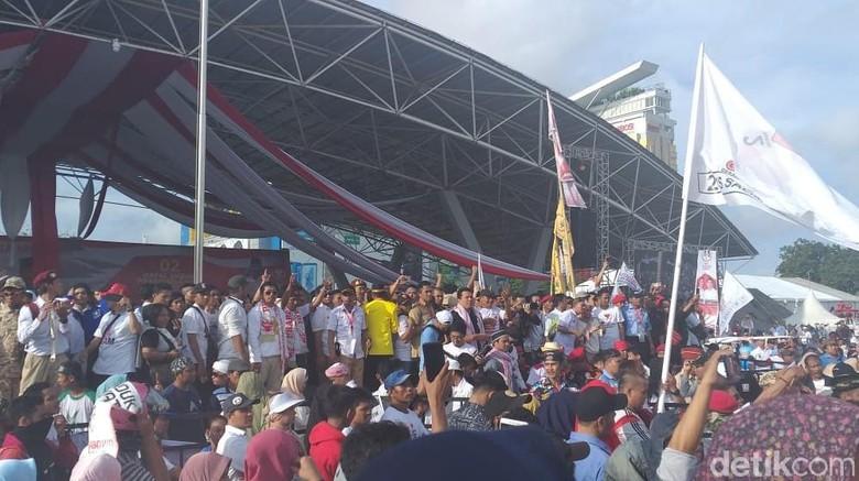 Prabowo Yakin Bisa Turunkan Harga Listrik dan Sembako di 100 Hari Pertama
