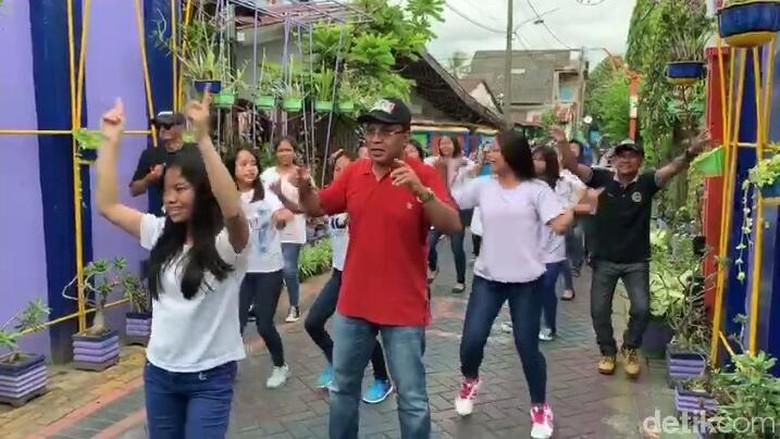 Prabowo ke Makassar, Danny Pomanto Ajak Projo Nyanyi Jokowi Lagi