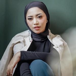 Tutorial Hijab Pakai Anting Ala Rachel Vennya, Hanya Perlu 5 Menit