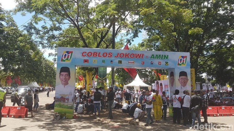Massa Pendukung Jokowi-Amin Mulai Padati Lokasi Kampanye Terbuka di Serang