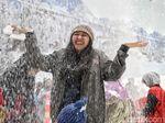 Serunya Bermain Salju di Trans Snow World Juanda