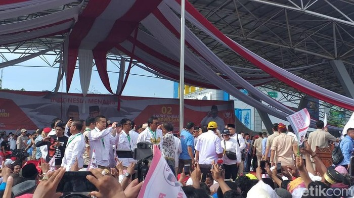 Foto: Kampanye akbar Prabowo Subianto di Makassar (Marlinda Oktavia/detikcom)
