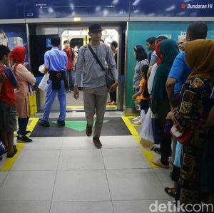 Naik MRT Masih Gratis, Tak Perlu Pakai Kartu