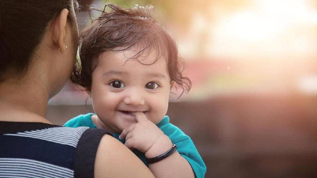 25 Nama Bayi Perempuan India Terinspirasi Berbagai Musim