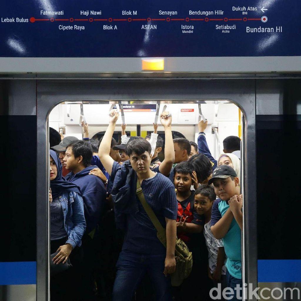 Smartfren Masih Tawar-menawar Harga Pasang Jaringan di Rute MRT