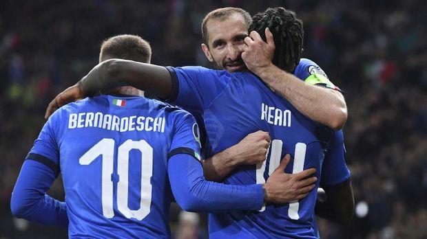 Timnas Italia menang 2-0 atas Finlandia.