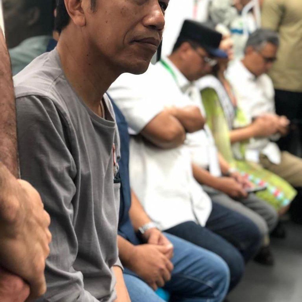 Ditemani Reza Rahadian, Ini Potret Jokowi Coba MRT Sebelum Peresmian