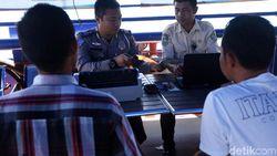 Eksistensi Samsat Apung di Tengah Lautan Halmahera Selatan