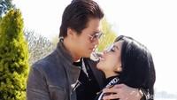 Mesra dengan Reino di Swiss, Syahrini: Kita Belum Honeymoon Pemirsah