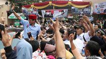 Kampanye Akbar di Jakut, Sandi Pamer Keberhasilan Setop Reklamasi