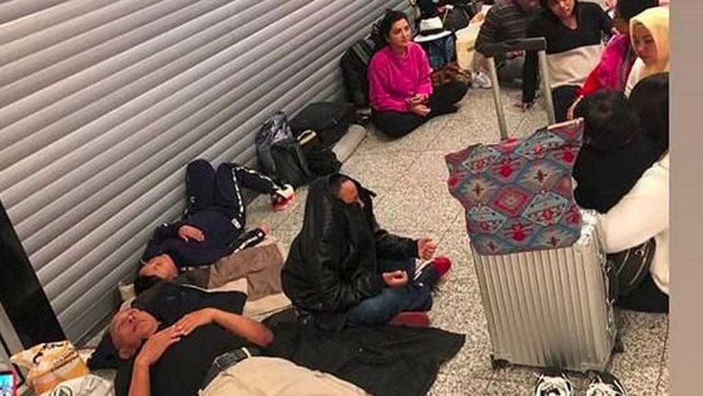 Kembali ke Indonesia, Keluarga Ashanty dan Anang Sempat Ngemper di Bandara
