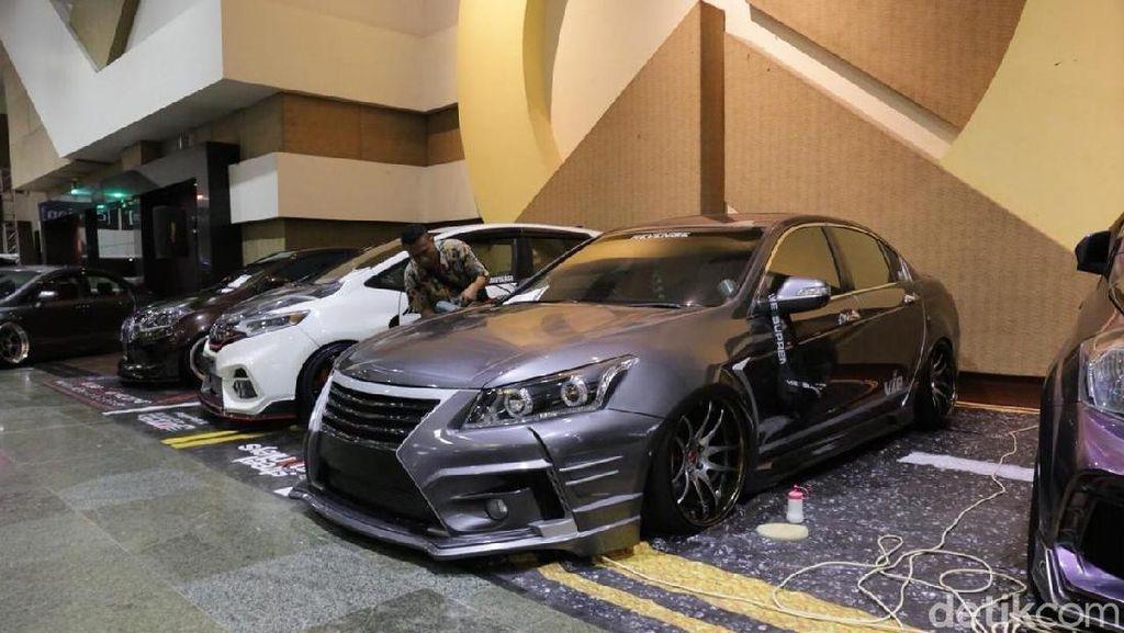 Mobil Jawara Kontes Modifikasi IAM Surabaya