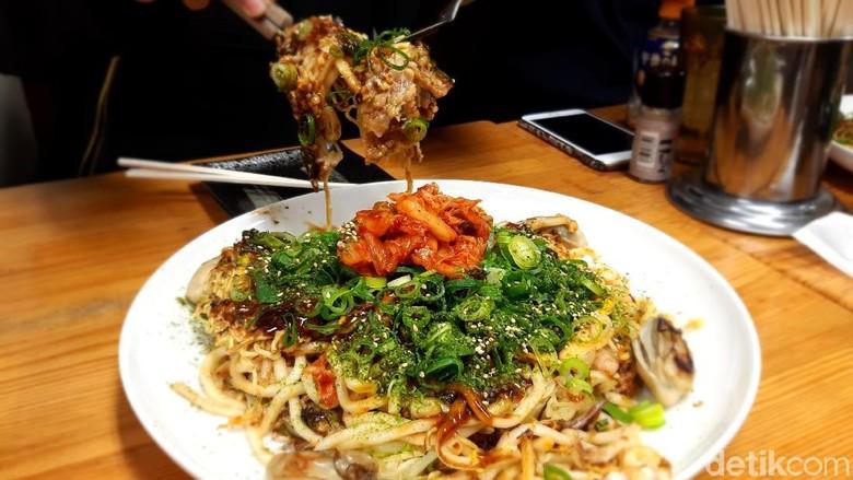Foto: Okonomiyaki, wisata kuliner khas Hiroshima (Bonauli/detikcom)