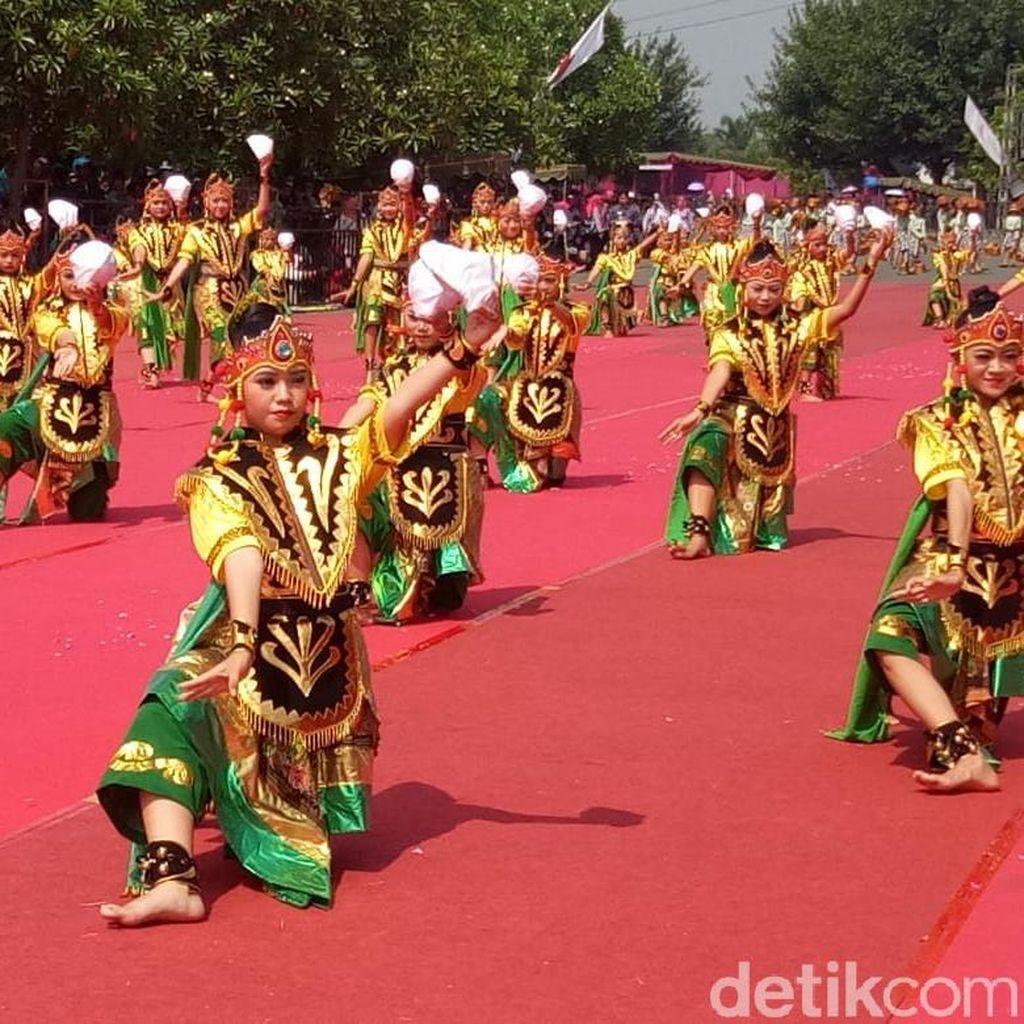 1.215 Penari Meriahkan HUT Kabupaten Kediri