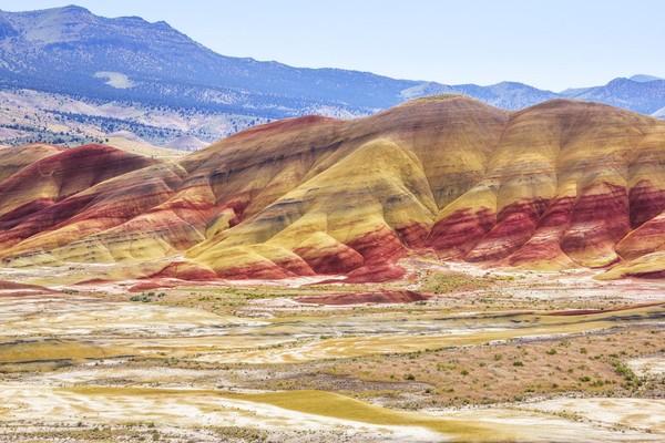 Painted Hills berada di John Day Fossil Beds National Park, Oregon, AS (iStock)