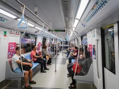 Belajar dari Singapura, Inilah Aturan Naik MRT di Sana