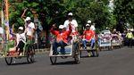 Momen Jokowi Ajak Relawan Foto Bersama di Kampanye Terbuka